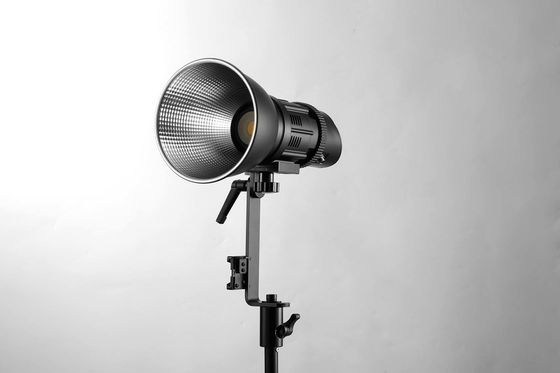 La tache de Focusable Dimmable LED allume la photographie de mode allumant 25° - angle de faisceau 50°
